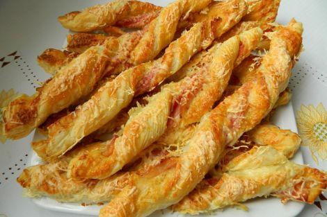 Baconos sajtos masni